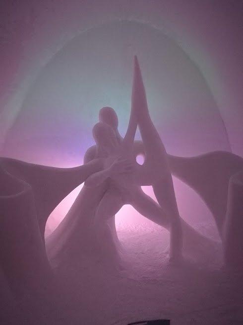 scultura ice hotel